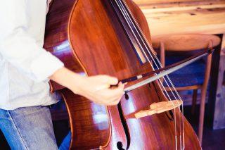 初心者必見!移弦で音がなめらかにつながるようになる練習方法とは?