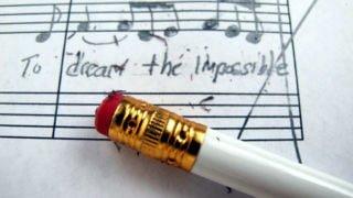 楽譜の書き込みを消すときにつかう、おすすめの一品