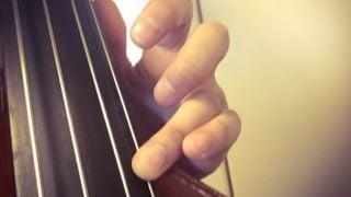 フラジオレットの音にビブラートをかける2つのコツ